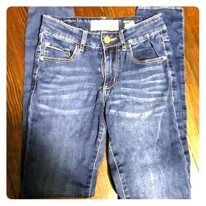GARAGE size 1 super soft jeans